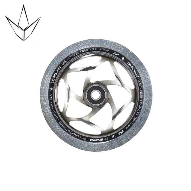 Blunt Tri Bearing Wheel